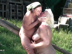 Five mature lesbian cunts fuck eachother