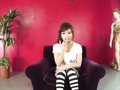 Miina Yoshihara polishes anal ring