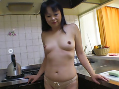 Dick voracious Japanese milf Sachiko Matsushita would love to suck lollicock