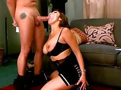Legendary porn model Ava Devine greedily sucks cock