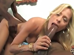 Sexy white mature Payton Leigh fucked by 2 BBCs