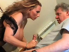 Busty model is making blowjob just for pee