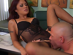 Kaylani Lei is making truly gorgeous deepthroat
