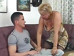 Mature slut nailed on her comfy couch