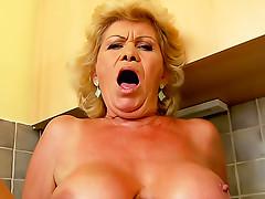 Old lady POV hardcore sex video