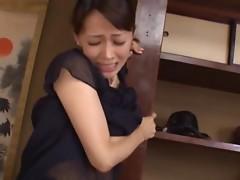 Gorgeous Sayuri Takizawa having wild sex in Japanese restaraunt