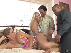 Jordan Kingsley and Phyllisha Anne have wild foursome sex