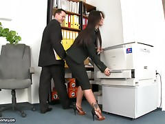 Dirty secrets with the secretary during the office hours