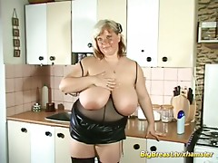 houswife with bizarre large naturlals