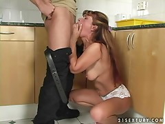 Mature slut Ula has astonishing sex with a handsome stud