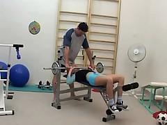 im fitnessraum gefickt (russian)