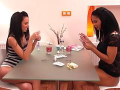 Gina Devine & Isabella - Fisting Game