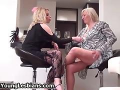 Blonde mature wife seduces
