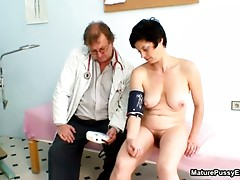 Horny mature mom gets a fully body exam