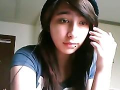 Webcam Girl smoking Bong & Cigarette