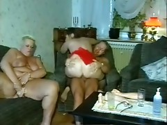 man fucks two chubby mature women