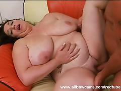 Open pussy BBW takes a pounding