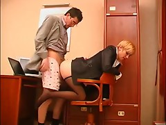secreter receive feet licking and footjob in office