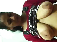 Northindian Mature Aunty's handjob to her Client