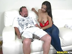 Slutty bitch gets her gash slammed
