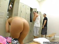 Big titty bitch gets nailed in the locker room