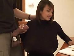 Farang Ding Dong - Nina Secretary Facial