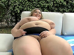 Fat Bitch Mandy Majestic Takes Black Dick