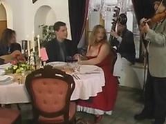 Michel Steuve et Colette Choisez gangbang restaurant public