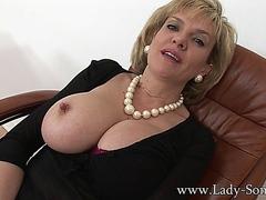 Lady Sonia Masturbation