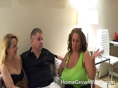 Polygamous dude does his best to drive his two women to absolute orgasm