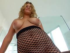 Jordyn Perks enjoys her big tits oiled then rides hard Wang