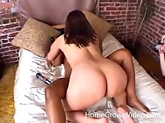 Nice ass lesbian chic gives her partner's pussy a passionate licking