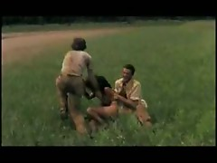 Force Scenes -  Cannibal Holocaust