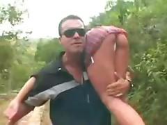 Estudante Gostozinha É_ Estuprada No Matagal