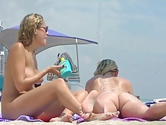 Voyeurchamp.com Nude Beach Teasing Wives! Voyeur Jerks Off!