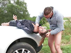 Stranded Susan gives a blowjob that gradually deepens to a deepthroat for a ride home