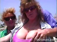 Extraordinary threesome adventure with two amateur porn hotties in action