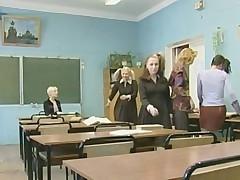 Schoolgirl 2: the newcomer  -