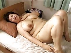 Japan BBW Mom