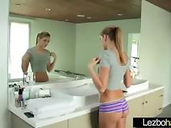 (Riley Reid &amp_ Kenna James) Teenie Lesbos Play In Hawt Act of love movie-25
