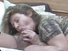 Older Wife Gives Oral-service On Hidden Camera