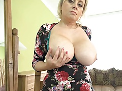 40s Older and wet large love bubbles