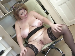 Enchanting older mother with large milk sacks and arse