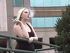 Tiana - Smoking Feti -