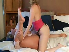 Lesbians Amateurs Play With Each Other -