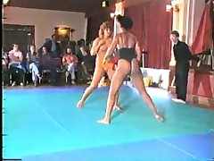 Catfight woman iii  -