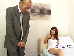 Hardcore Sex With A Really Gorgeous Asian Housewife