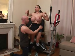 Super Hot MILF Clanddi Jinkcego
