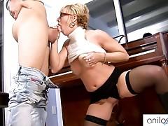 Hot granny seduces student