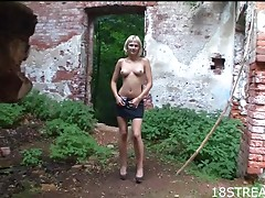 Outdoor Orgasm With The Busty Blonde Teen Santana